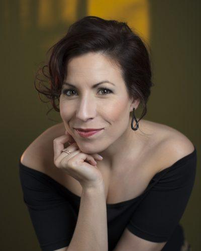Caroline Gélinas <br> MEZZO-SOPRANO